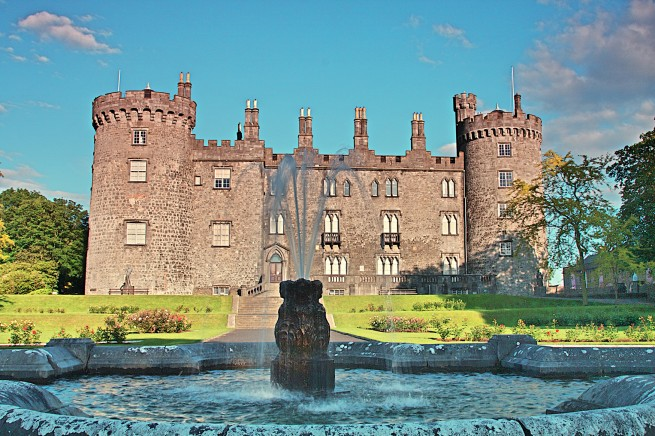 Kilkenny Castle Grounds and Kilkenny Castle Rose Gardens, Kilkenny, Ireland