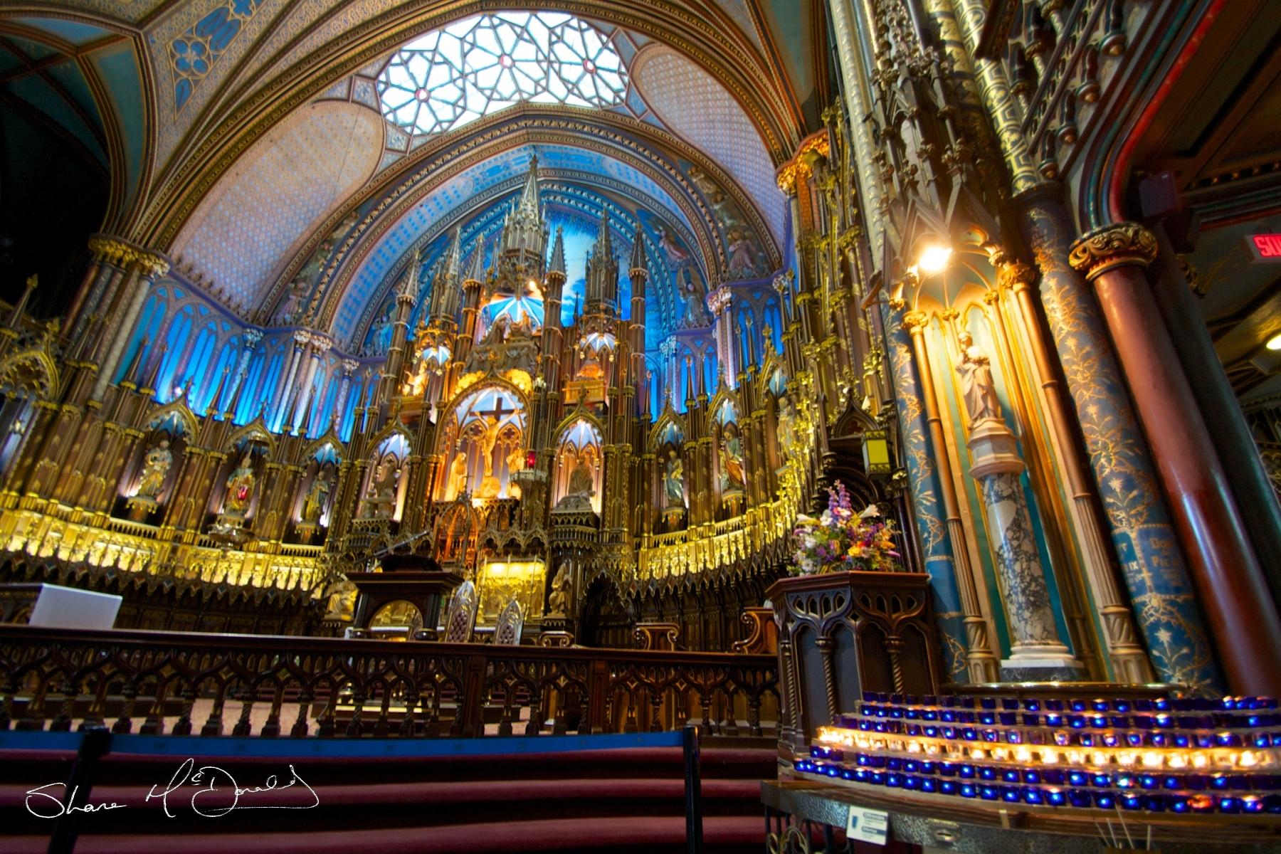 Inside Notre-Dame Basilica, place d'armes, Montreal