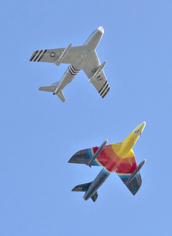 Flightfest - Hawker Hunter and F-86 Sabre Photo