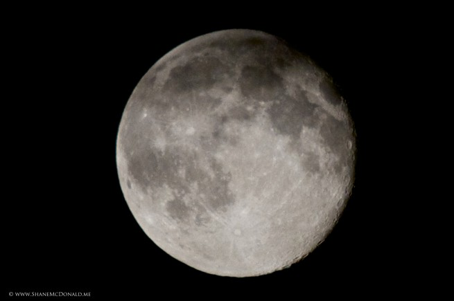 Supermoon shot with the Canon 70-300