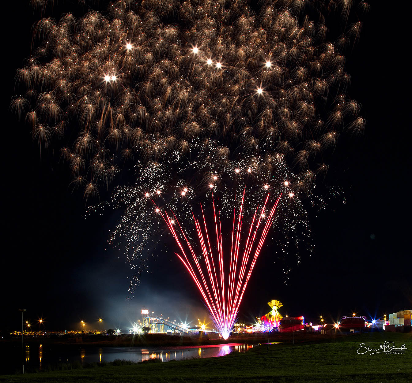 Taking Great Fireworks Photos - Tramore Fireworks Spectacular